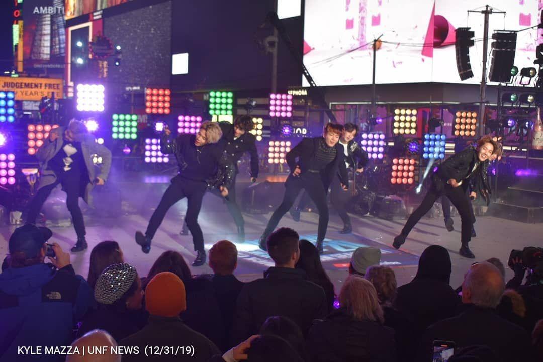 Pin on BTS (Bangtan Boys)