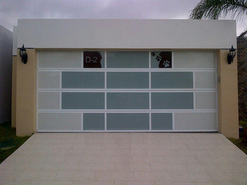 Puerta de garaje puertas puertas de garaje garaje y - Puertas de garages ...