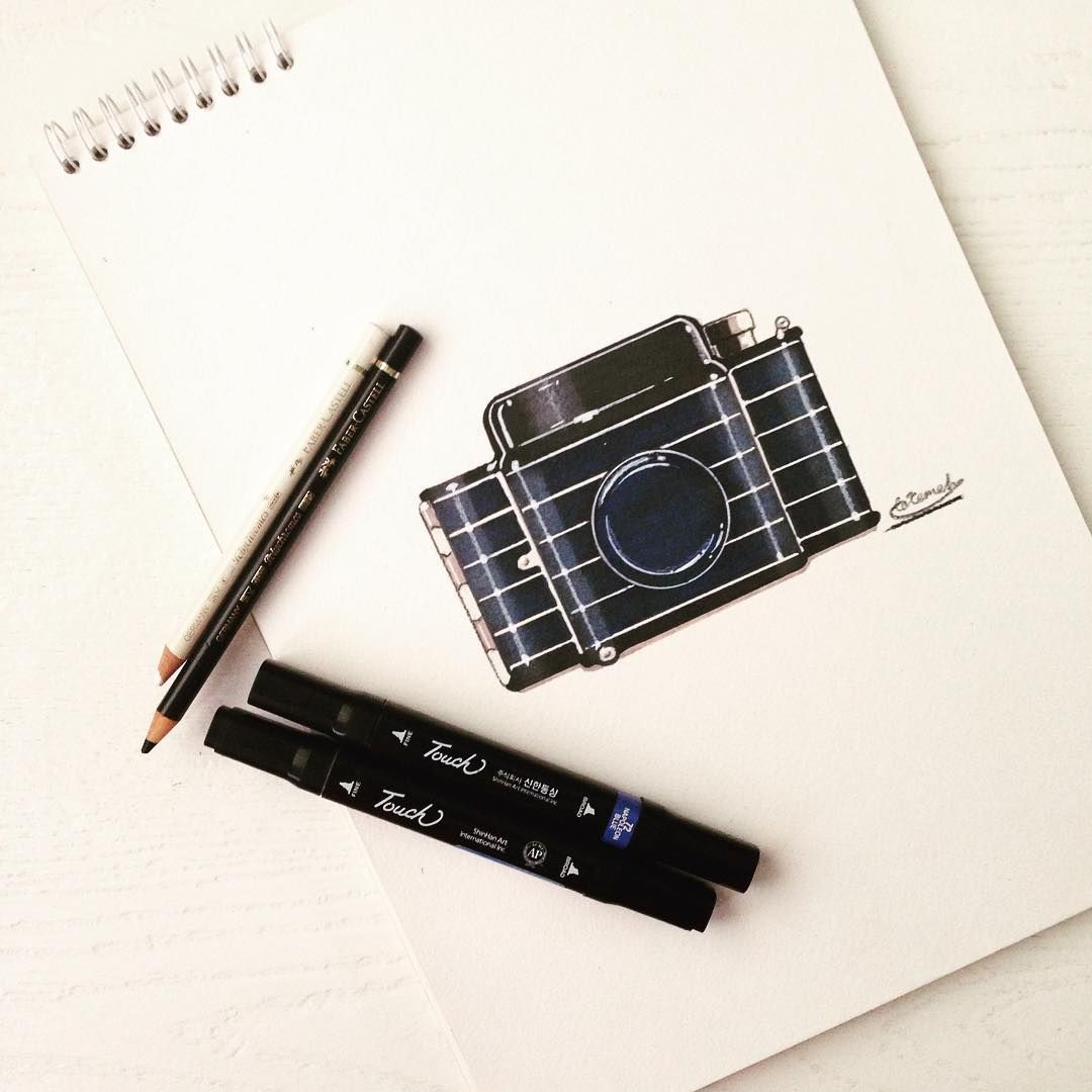 Camera sketch . . #idsketch #idsketches #idsketching #industrialdesign #industrial_design #design #sketch #render #sketching #art #draw #designing