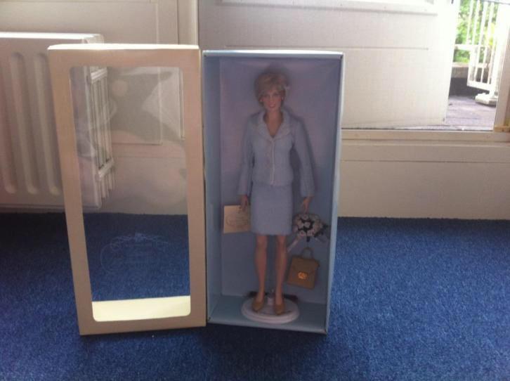 The Franklin mint Princess Diana pop