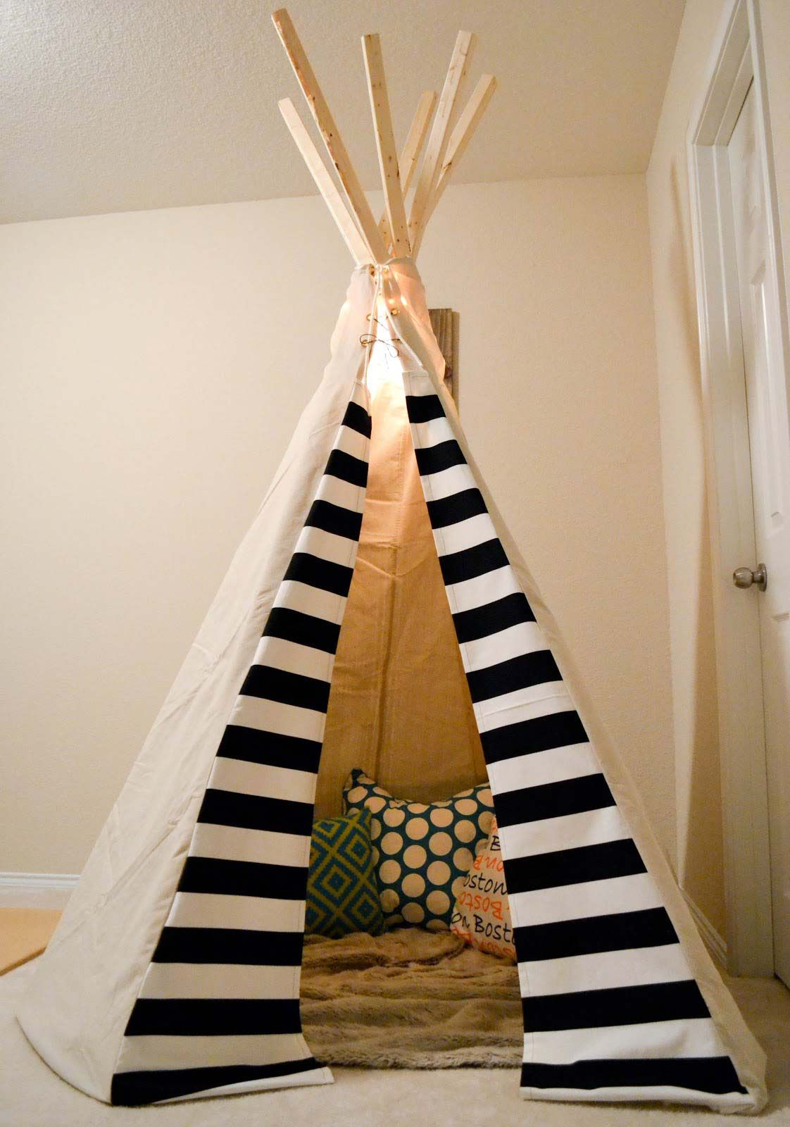 play teepee tutorials teepees tents pinterest. Black Bedroom Furniture Sets. Home Design Ideas