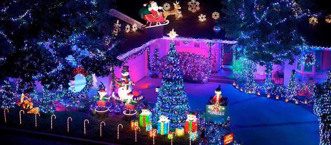 Outdoor Christmas Yard Decorating Ideas Christmas Lights Etc Outdoor Christmas Lights Solar Christmas Lights Hanging Christmas Lights