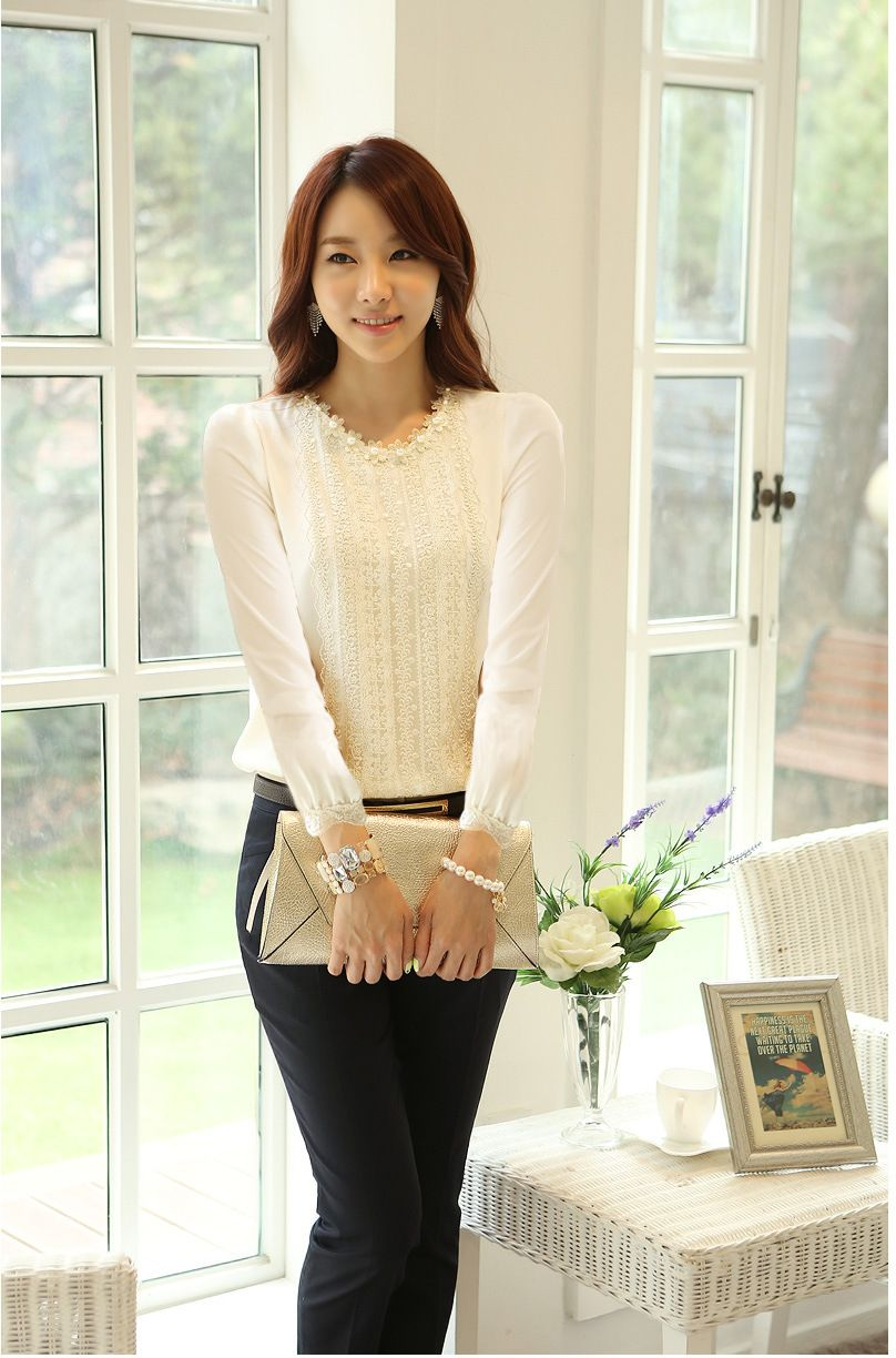 Refreshing Korean Round Neck Embroidery Long Sleeve Chiffon Blouse For Women
