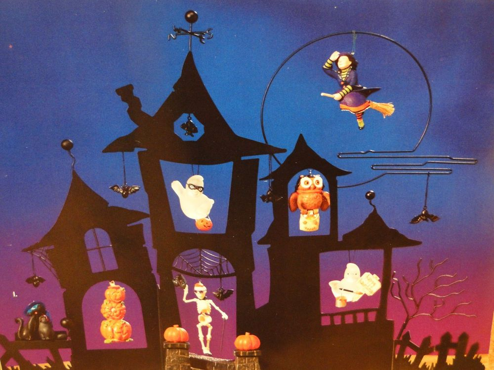 retired 2003 hallmark halloween haunted house 1300 old oak road 8 ornaments new - Hallmark Halloween Decorations