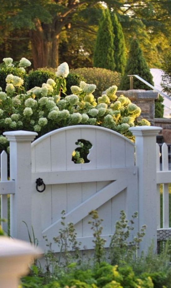 50 Fascinating Wooden Garden Gates Ideas7  HAPPY HOLIDAY