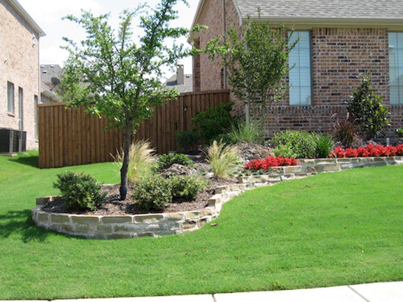 simple and beautiful front yard landscaping ideas on a budget  14