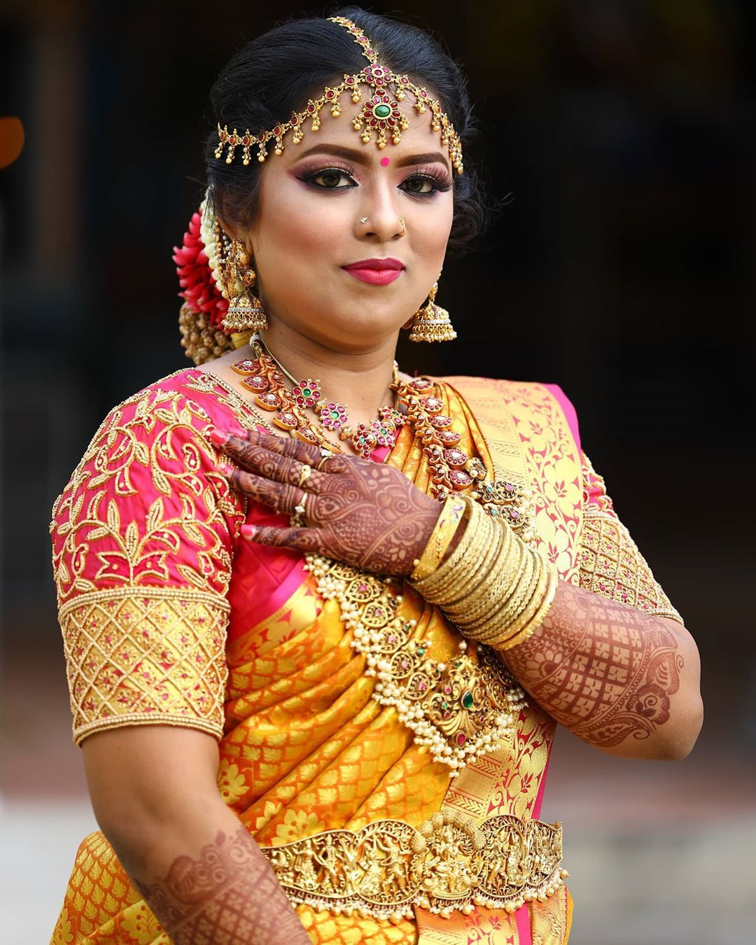 Happy Bride In Vivah Jewelry Bridal Jewellery For Rent For All States Bridal Jewellery For Hire Rent For All Occasions Pls In 2020 Bridal Jewelry Fashion Bride