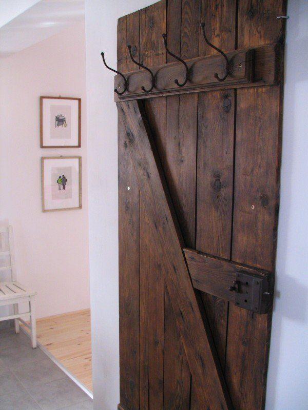előszoba 023 600x800 Vintage door coat rack in wood furniture diy  with Vintage Door Coathanger
