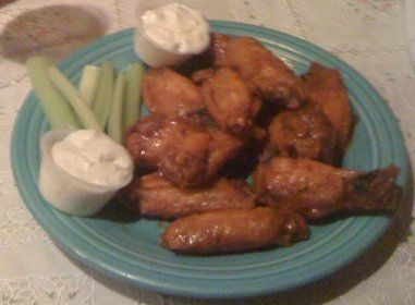 Review of the wings from Durangos Steak House in Boyertown PA..beware of the suicide wings,but try them if you dare!
