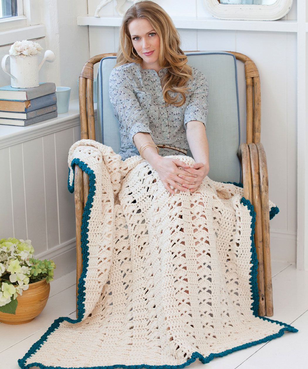Weekend throw free pattern no lw2684 from red heart weekend throw free pattern no lw2684 from red heart quick crochet blanketcrochet bankloansurffo Choice Image