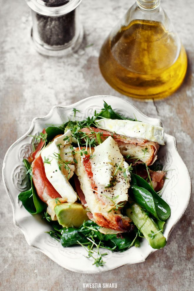 Spinach, avocado, & goat cheese salad with parma ham.