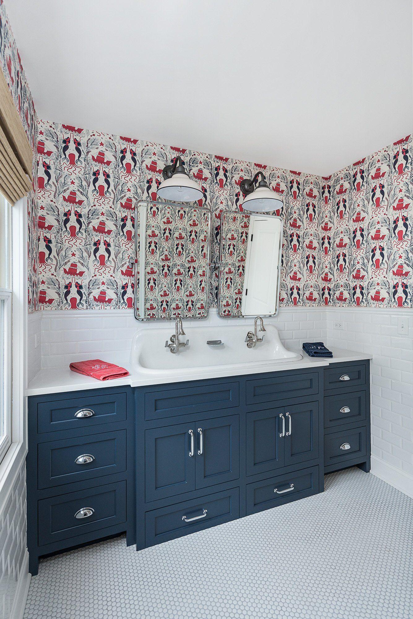 Mermaid Spotting Home interior design, Small bathroom