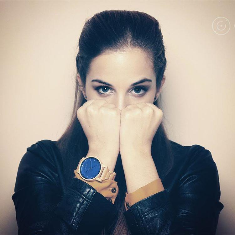 ★Solo las mujeres fuertes y luchadoras ganan las batallas y realizan las conquistas 😉🔝🙋★ https://www.cohnquer.com/tienda/relojes-madera-pulsera/dreamer-ocean-maple/ #SoyCohnquer #moda #reloj #relojdemadera #relojes #madera #wood #dreamer #dream