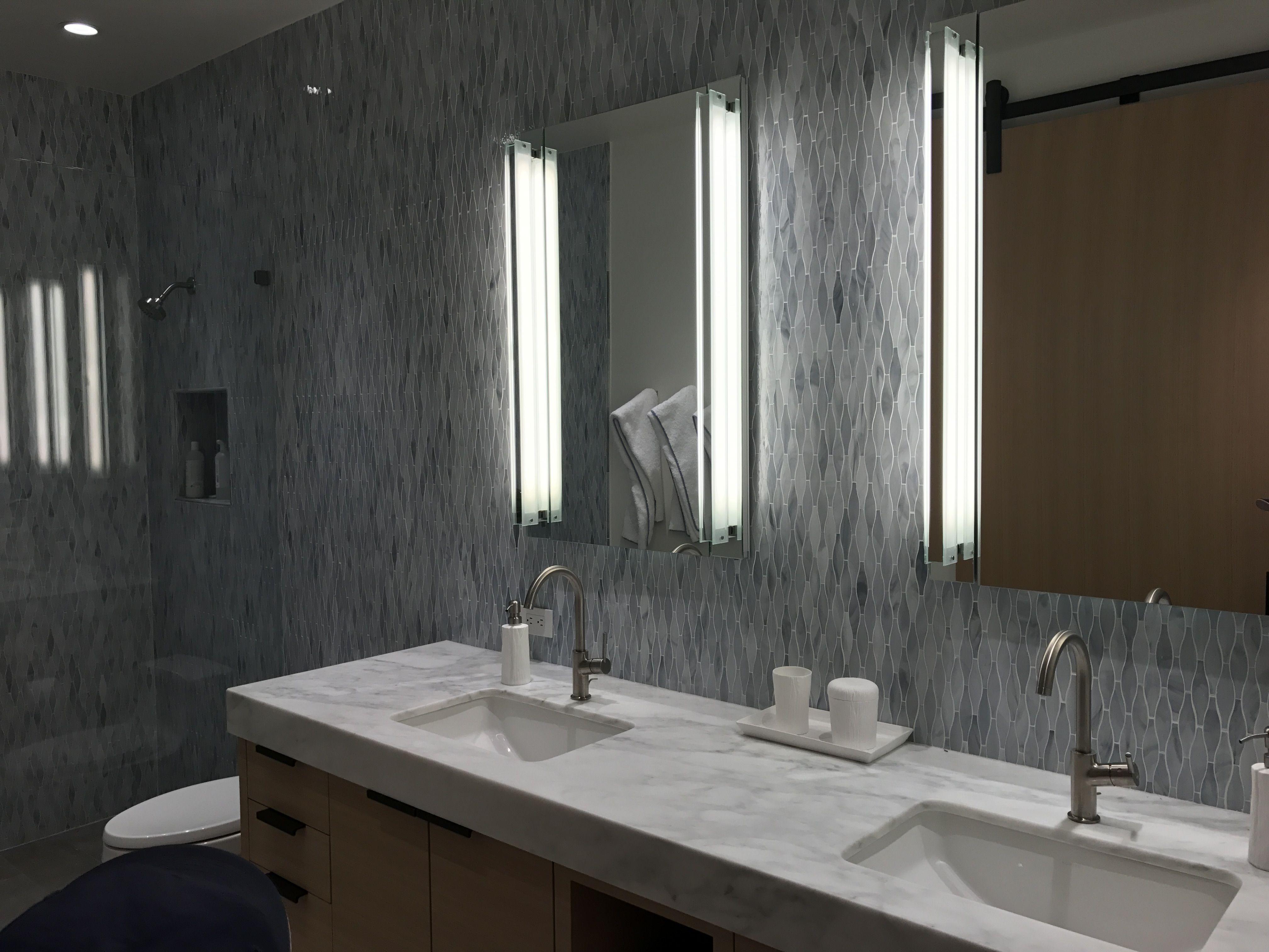 Nice Vertical Bathroom Lights Beautiful Bathrooms Bathroom