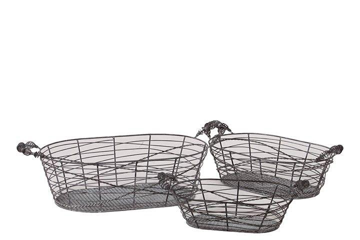 Pizzazz! Home Decor: Unique Home Decor - Oval Metal Wire Basket Set of 3, $87.50 (http://pizzazzhomedecor.com/oval-metal-wire-basket-set-of-3/)