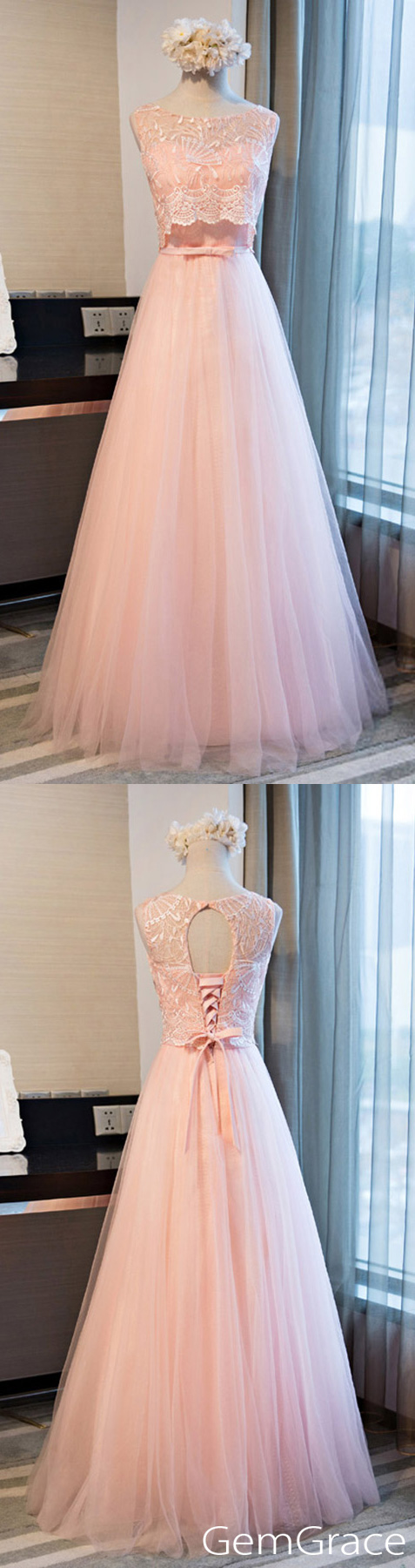 Romantic aline scoop neck floorlength tulle prom dress with