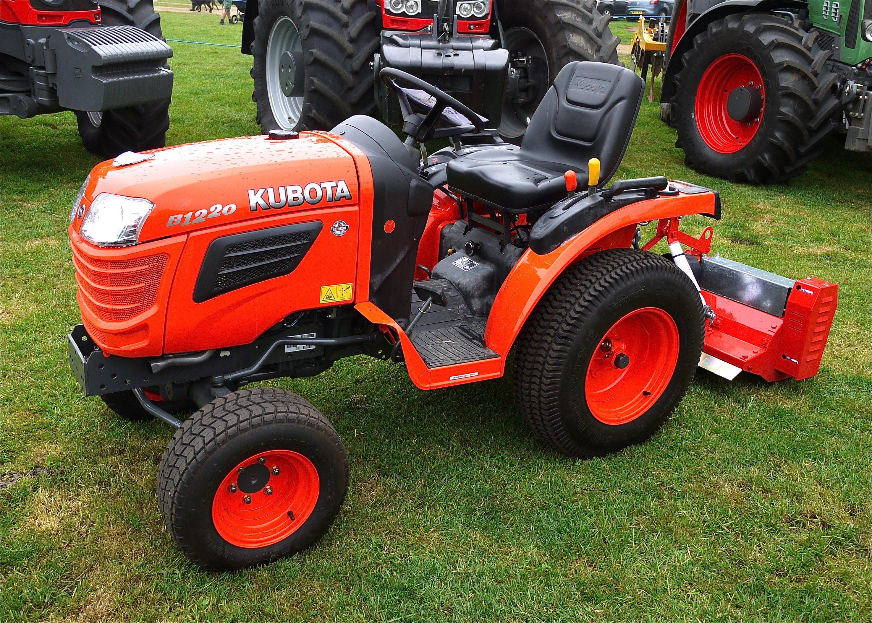 Kubota Tractors | Description Kubota Small Tractor -