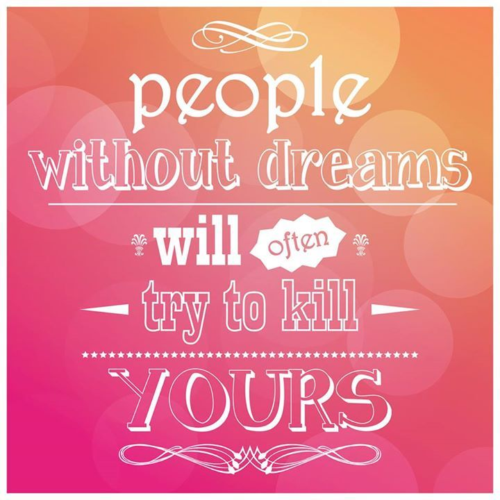 #MondayMotivation: Surround yourself with people who support your #dreams