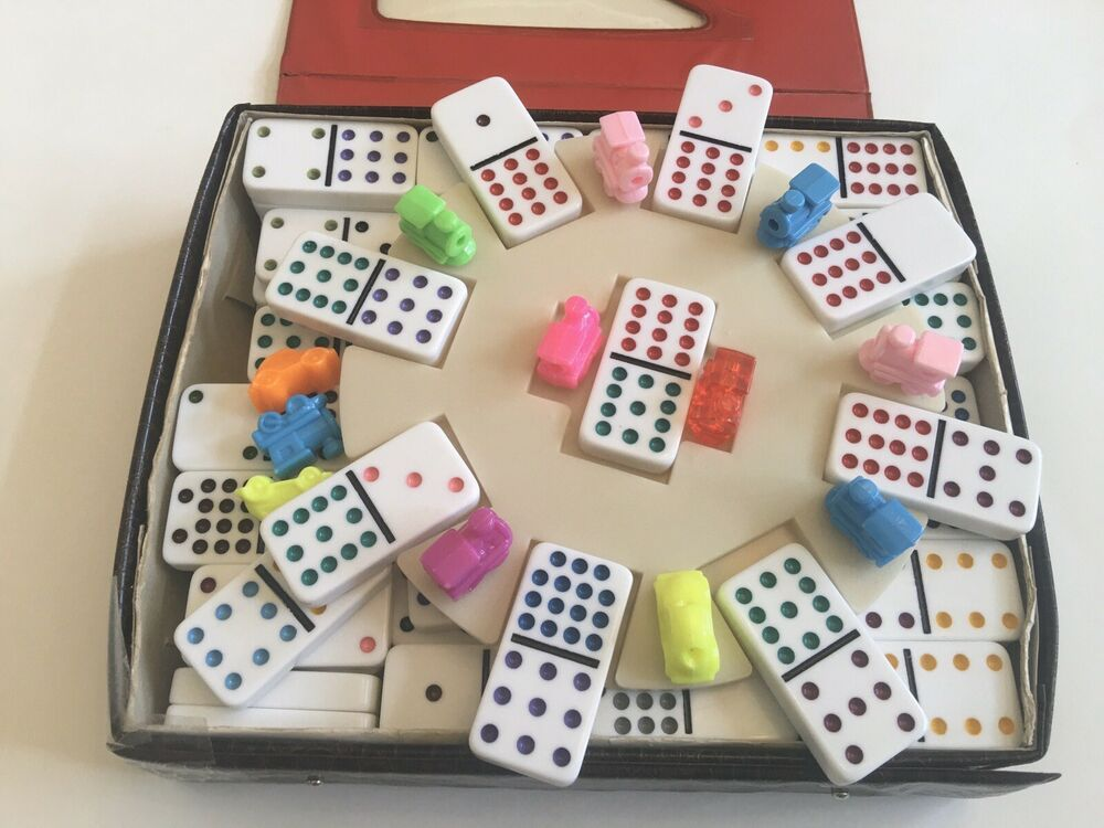 Vintage Mexican Train Dominoes 135 Tiles 10 Trains 3 Cars
