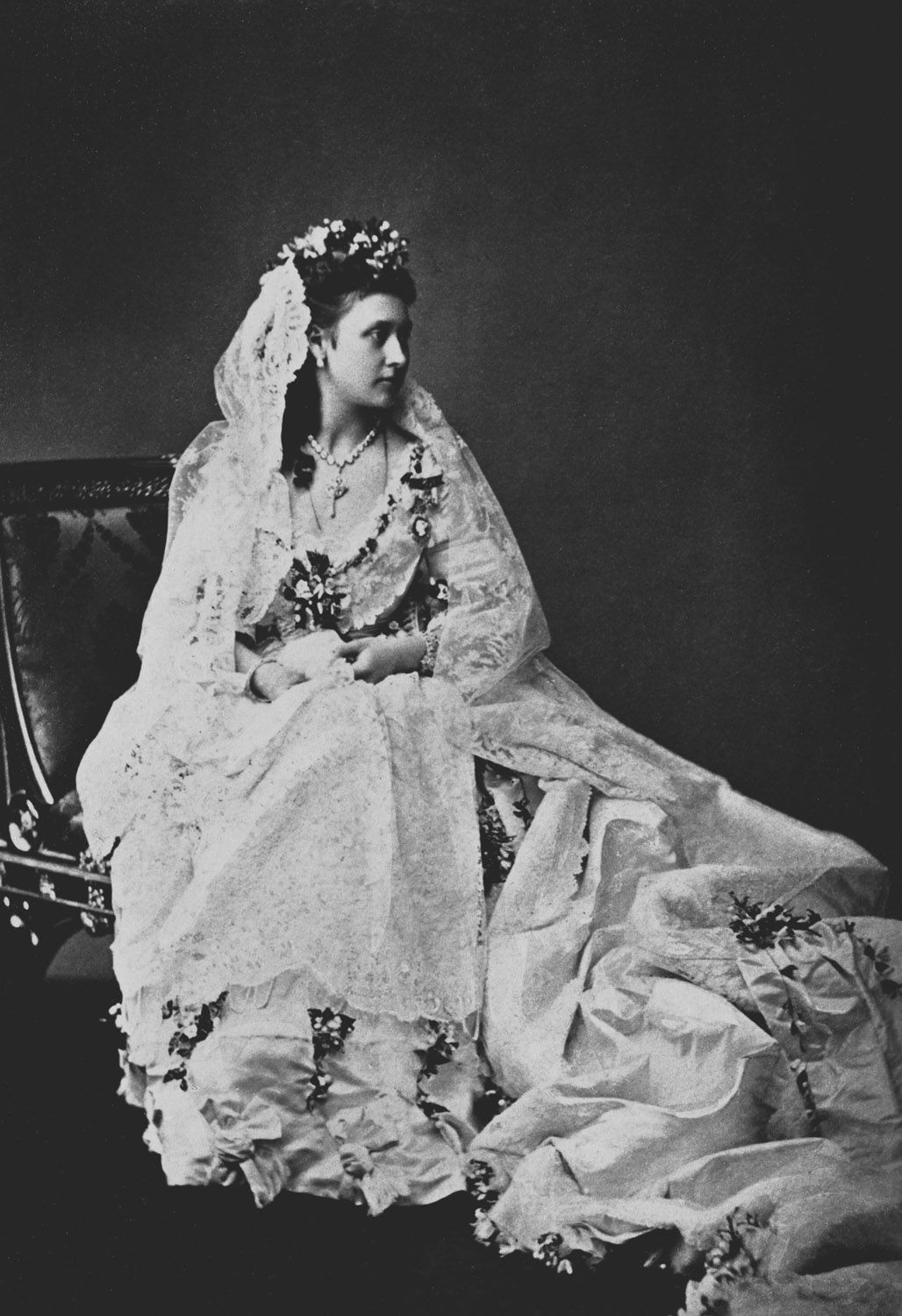 Rococo Girls Shrine Royal Wedding Gowns Royal Brides Queen Victoria S Daughters [ 1500 x 1028 Pixel ]