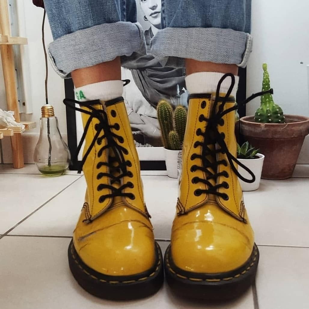 Yellow boots because you're a ray of sunshine | Cute shoes