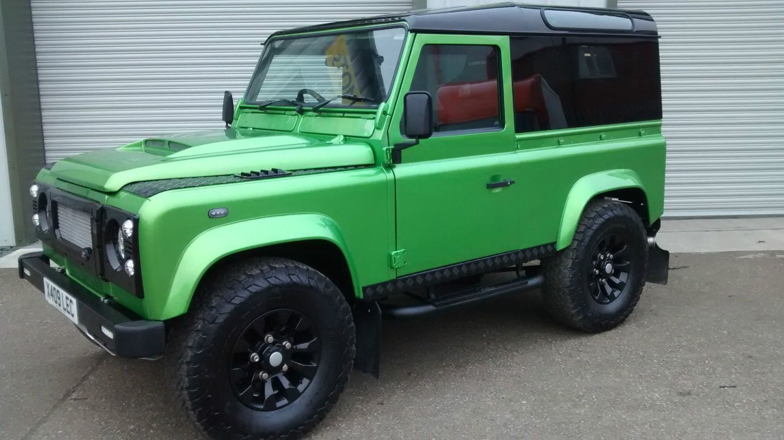 CUSTOM DEFENDER 90 GREEN CANDY MIVE SPEC PANORAMIC HARD TOP ...