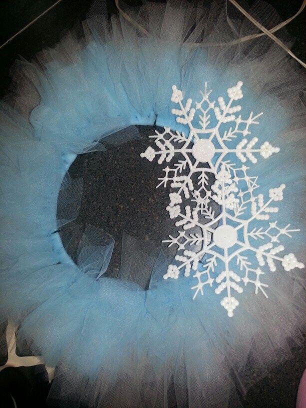 Winter tulle wreath!