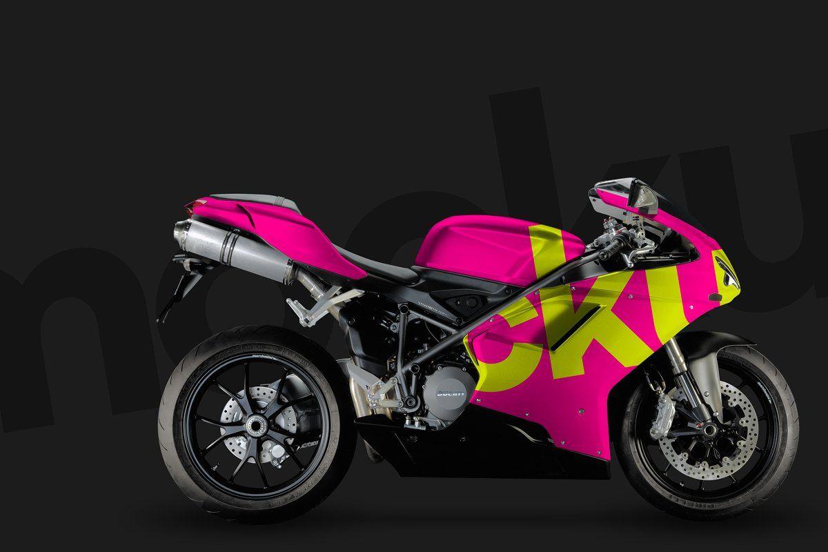 Download 4k Mountain Bike Helmet Psd Mockup Mockup Psd Mountain Bike Helmets Ducati