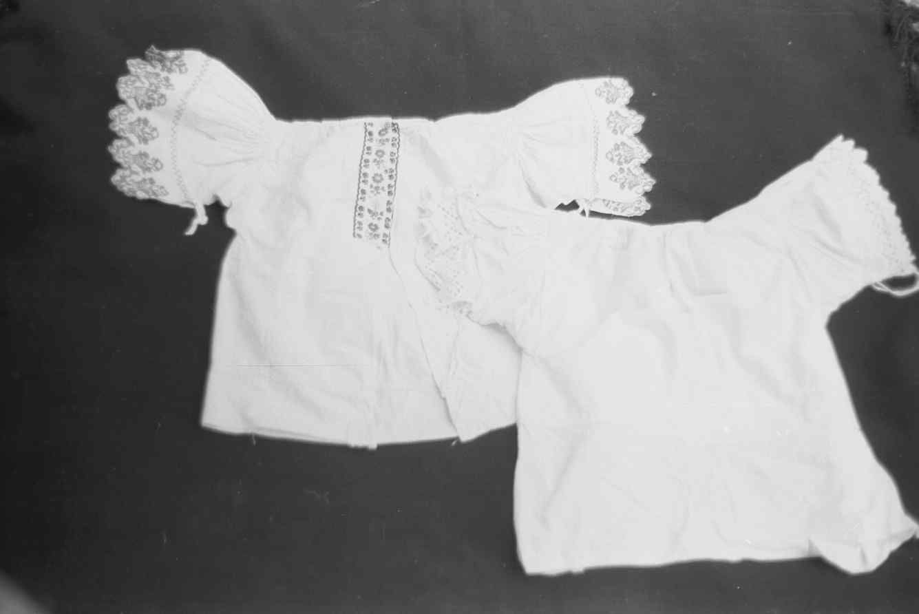Kostoľany pod Tribečom 1977