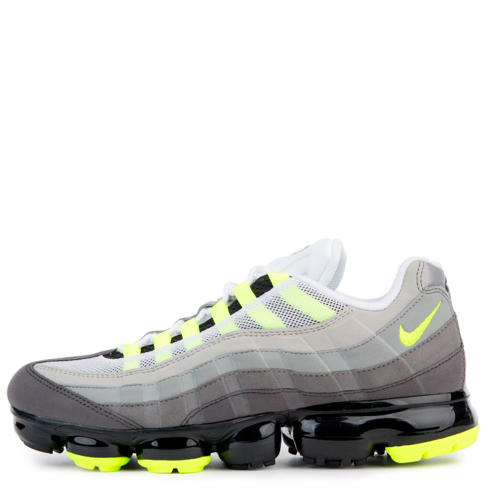 Nike Men s Nike Air Vapormax  95 Black volt-medium Ash-dk Pewter ... 580a04f80