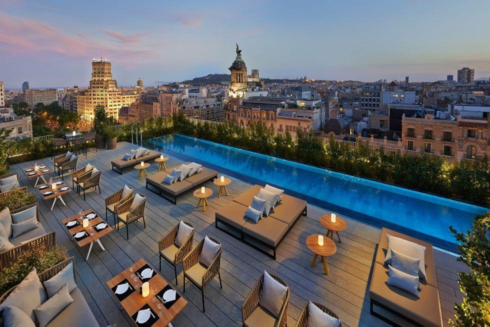 Il Terrat del Mandarin Hotel di Barcellona è un bar ristorante con ...