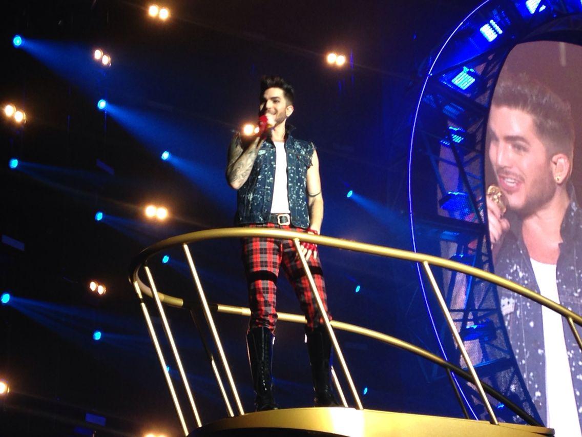 Adam Lambert queen 10/02/15