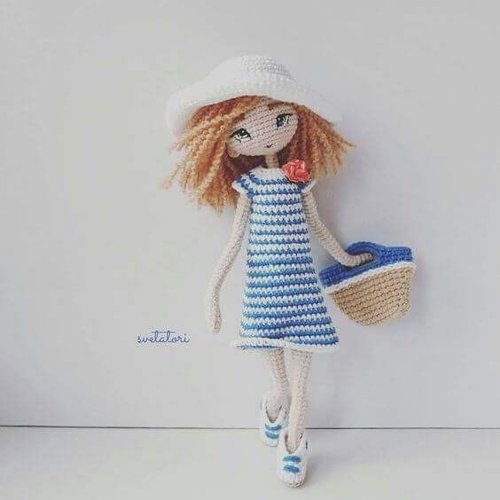 Muñeca en la playa amigurumi | CROCHETS | Pinterest | En la playa ...