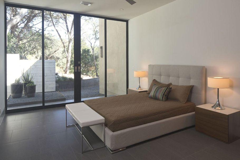 Modern interior design at Skyline Residence, Texas - http://www ...