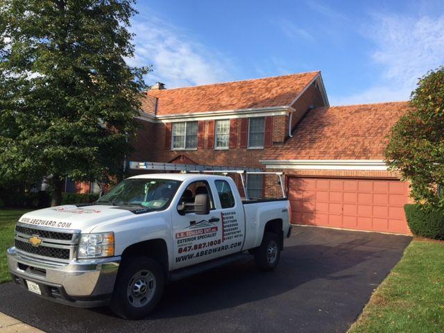Best Cedar Roofing Installation Cedar Roof Roof Installation 400 x 300