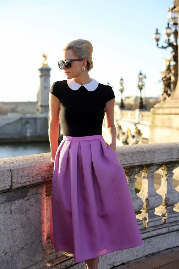 Paris Sunrise | Lila midi skirt, black shirt with white collar ...