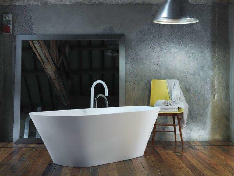 Freestanding ceramilux® bathtub level 45 collection by falper
