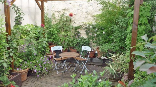 Terrasse et balcon paris 7 exemples d 39 am nagements for Amenagement balcon terrasse appartement