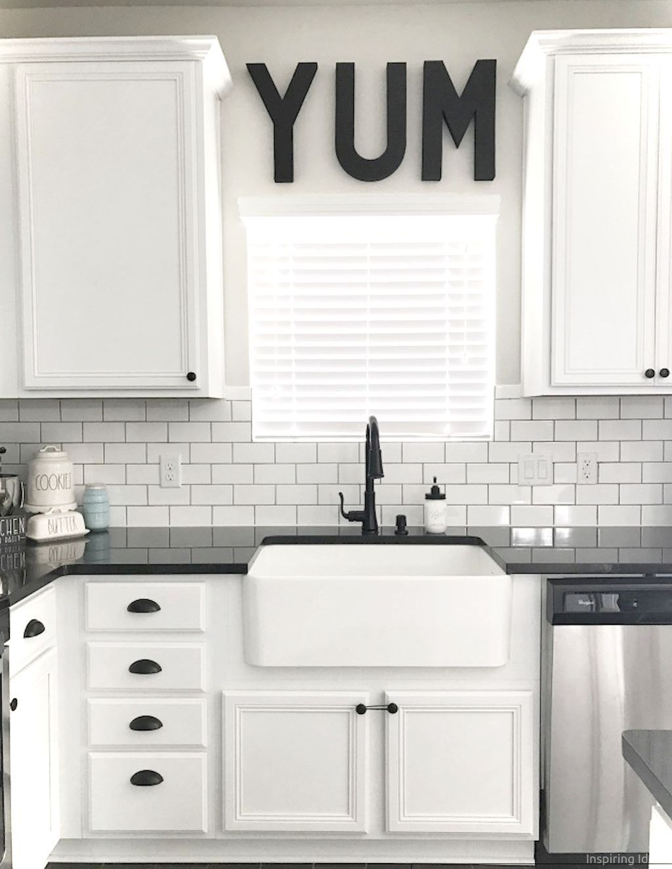 019 Awesome Modern Farmhouse Kitchen Cabinets Ideas White Modern Kitchen Farmhouse Kitchen Backsplash Kitchen Design Decor