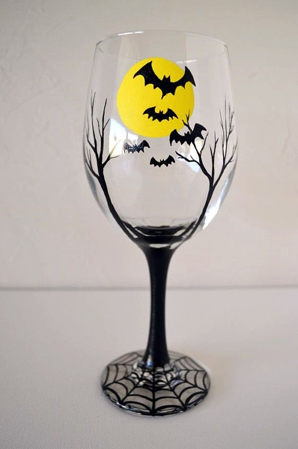 40 Artistic Wine Glass Painting Ideas Bored Art Halloween Wine Glass Halloween Wine Halloween Wine Glasses