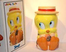 Warner Brothers Tweety Bird Cookie Jar Looney Tunes Certified Intern'l 1993  NIB