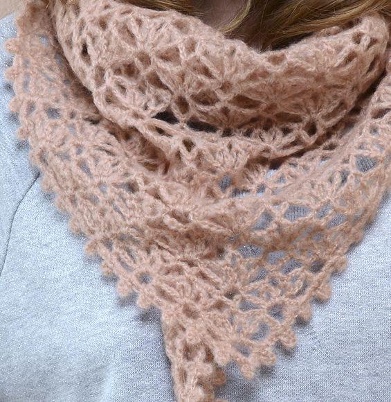 mod le ch che au crochet femme mod les femme phildar tricot pinterest crochet chale. Black Bedroom Furniture Sets. Home Design Ideas