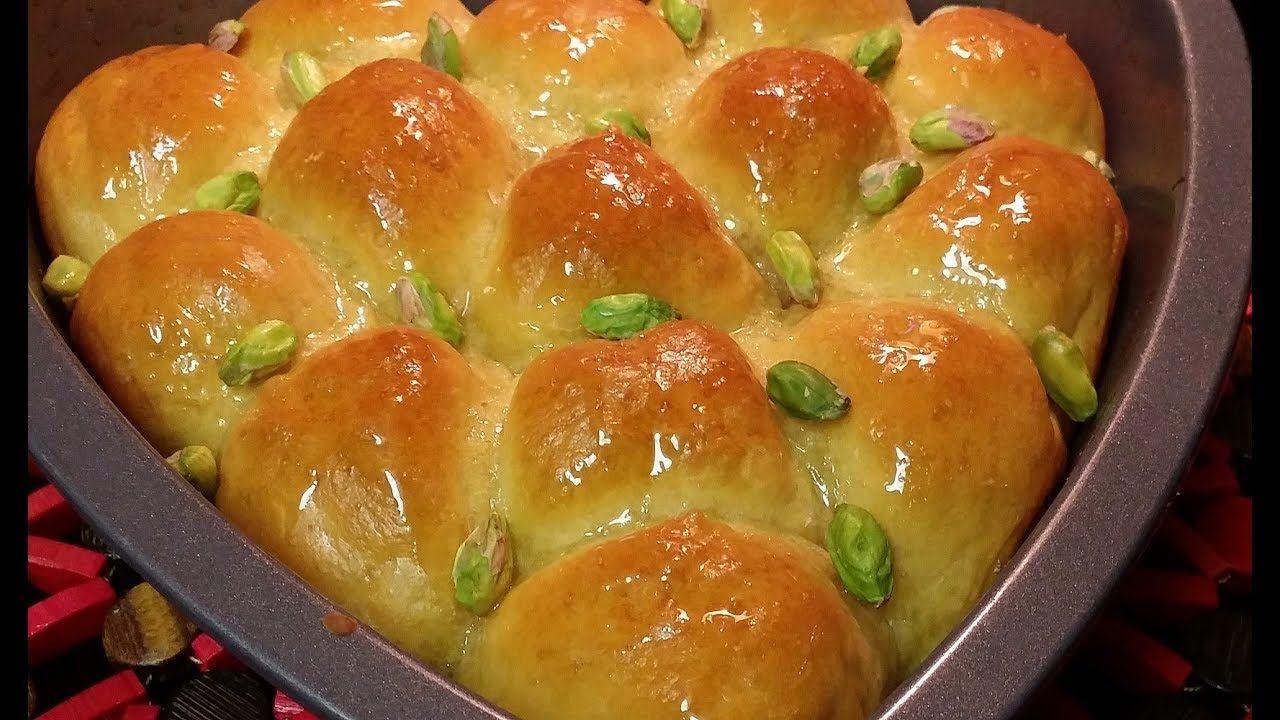 خليه النحل بعجينة الكاستر تحليه رمضانيه رائعه طريقه سهله جدا شناشيل Food Bread Dough Hot Dog Buns