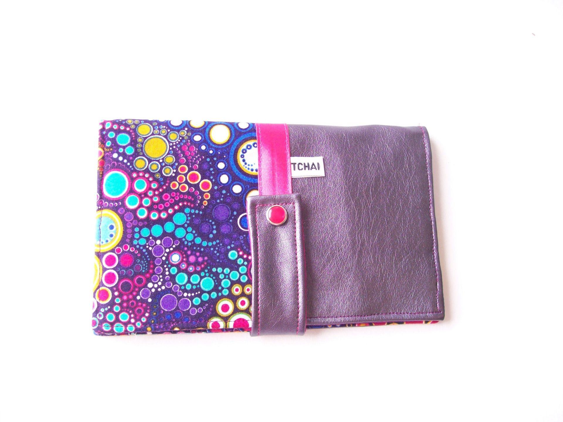 portefeuille,porte cartes multipoches violet uni et motifs bulles multicolores,compagnon porte documents en simili cuir violet et tissu bulles : Porte-monnaie, portefeuilles par tchai-walla
