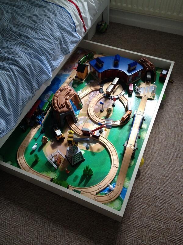 mit phantasie die kinder gl cklich machen alles kinder spielzimmer kinderzimmer ideen und. Black Bedroom Furniture Sets. Home Design Ideas