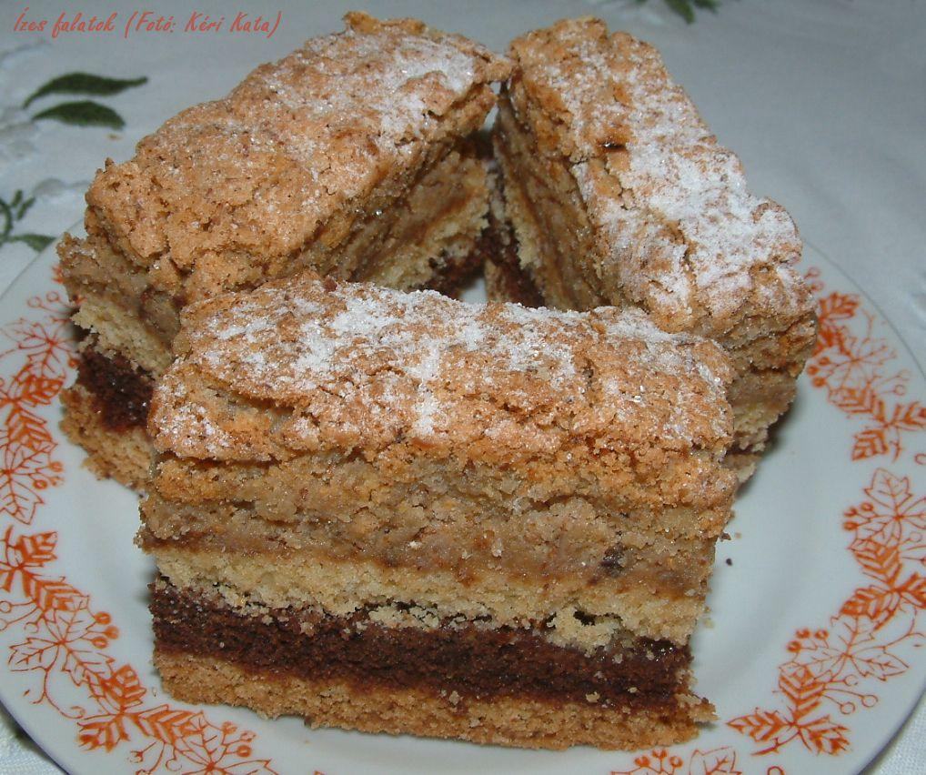 Dióhabos karácsonyi sütemény (Fotó: Kéri Kata)