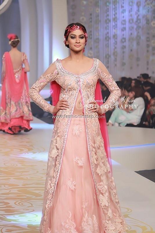 Anjalee and Arjun Kapoor Bridal Dresses at BCW 2013
