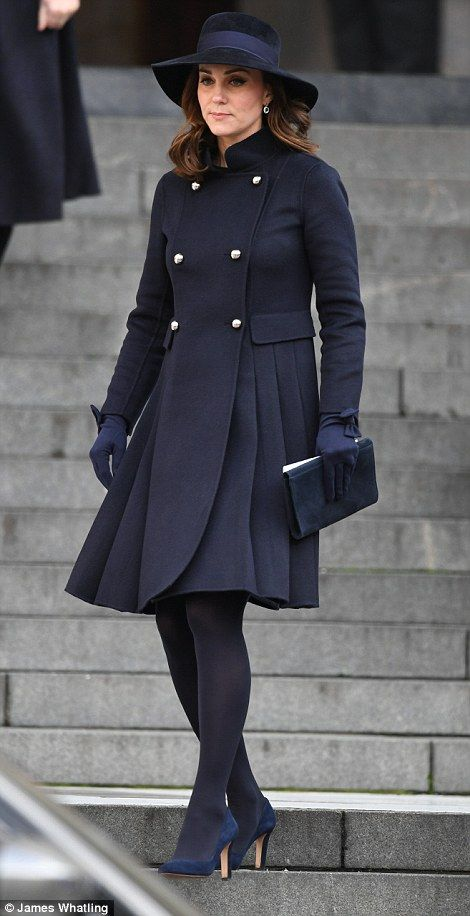 Emotional royals remember the victims of grenfell tower kate 14 december 2017 british royal family attends grenfell tower national memorial service at st pauls negle Image collections