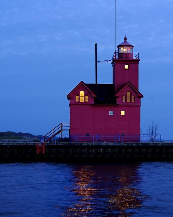 The Big Red lighthouse, Holland, MI