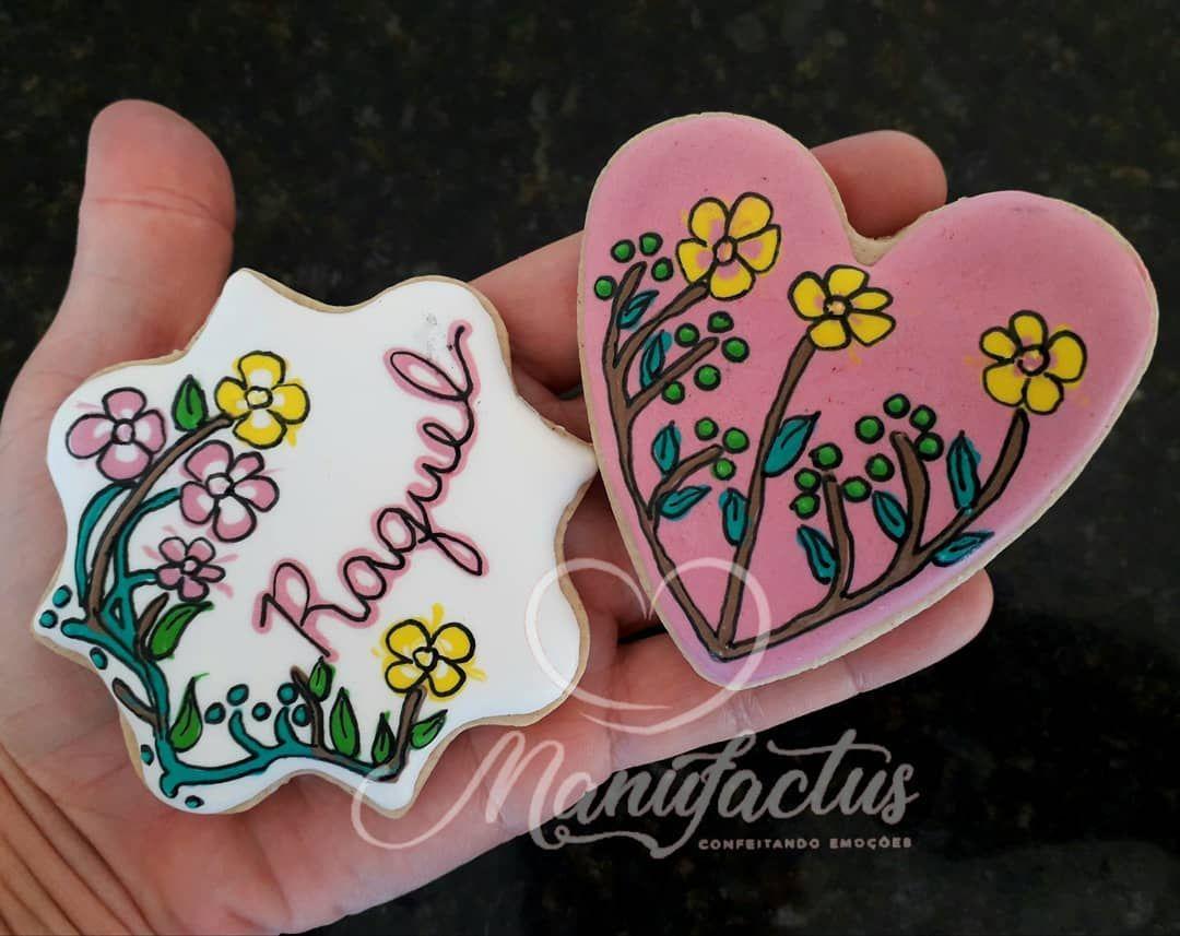 "18 curtidas, 0 comentários - Manufactus - Livia Linhares (@manufactus.livia) no Instagram: ""#biscoitosdecorados #decoratedsugarcookies #wetonwet #wetonwetcookies #customcookies #icingcookies"""